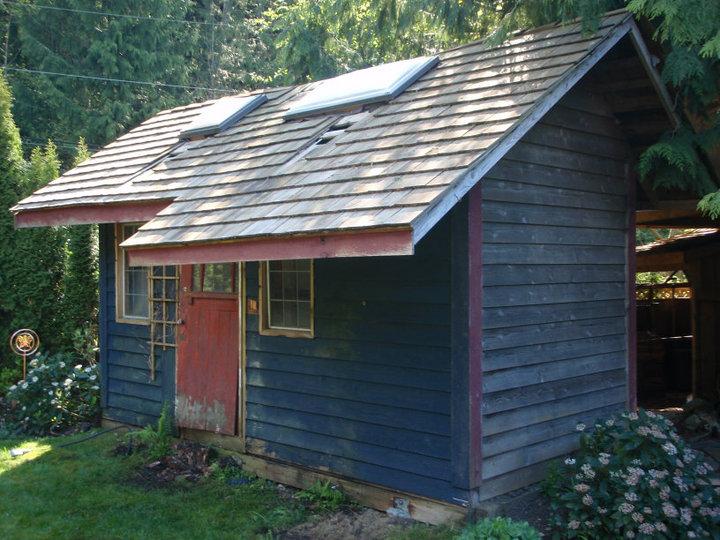 A West Vancouver shed pre-demolition